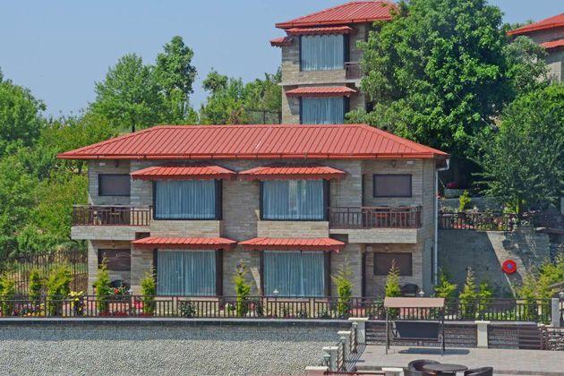 Ojaswi Himalayan Resort Mukteshwar, hotel-resort-mukteshwar